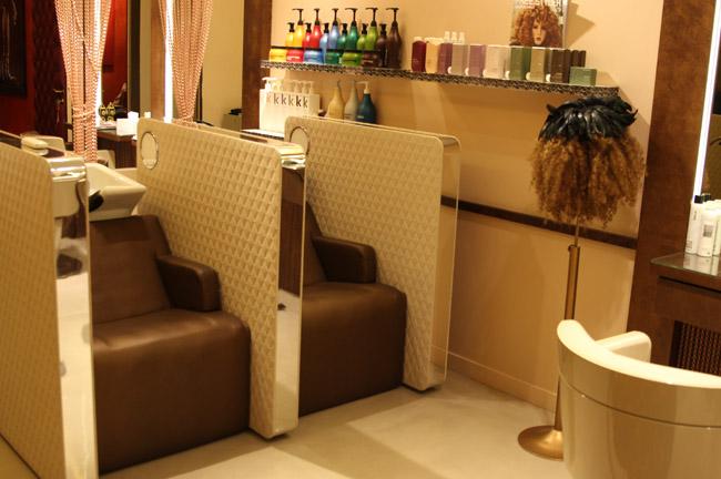 Bien connu Fauteuil salon de coiffure pour dame – Coiffures modernes et  GJ68